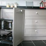 Corner-cupboard-storage
